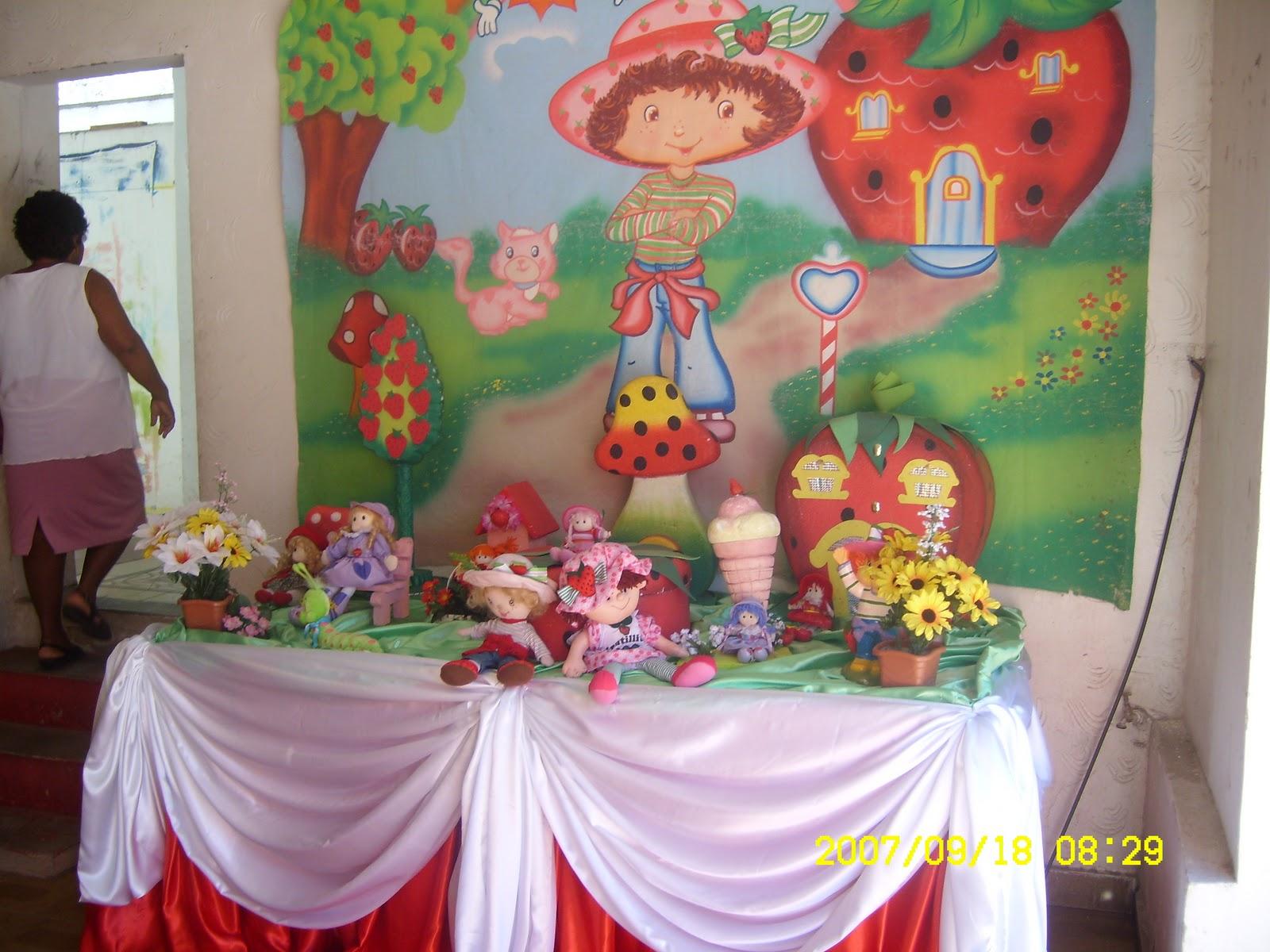 Articulos para Bodas y Cumpleaños: Decoracion Tematica Rosita Fresita