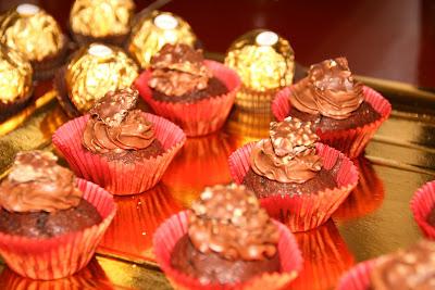 Cupcakes dels millors bombons de xocolata i avellana: Ferrero Rocher