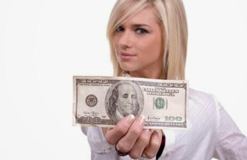 dinero facil facil se va