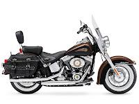 Gambar motor 2013 Harley-Davidson FLSTC Heritage Softail Classic - 3