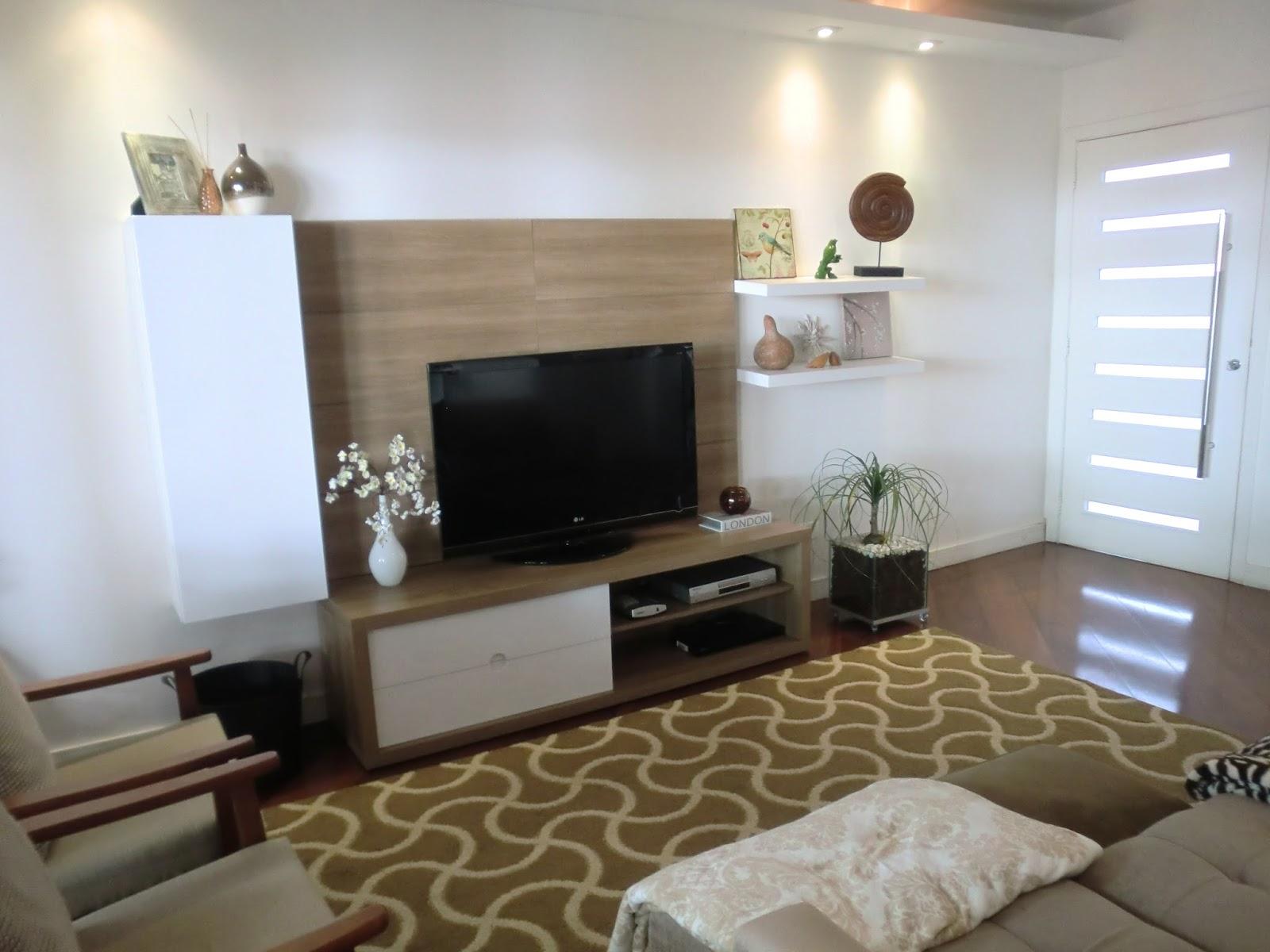 #5C4B31 Mimo para a minha sala uma planta nova!! Pata de Elefante Casa e  1600x1200 píxeis em Como Posso Decorar Minha Sala De Tv