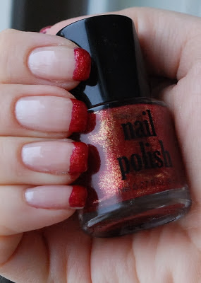 naglar, nails, nagellack, nail polish, funky french, HM, rött, red, je t'aime