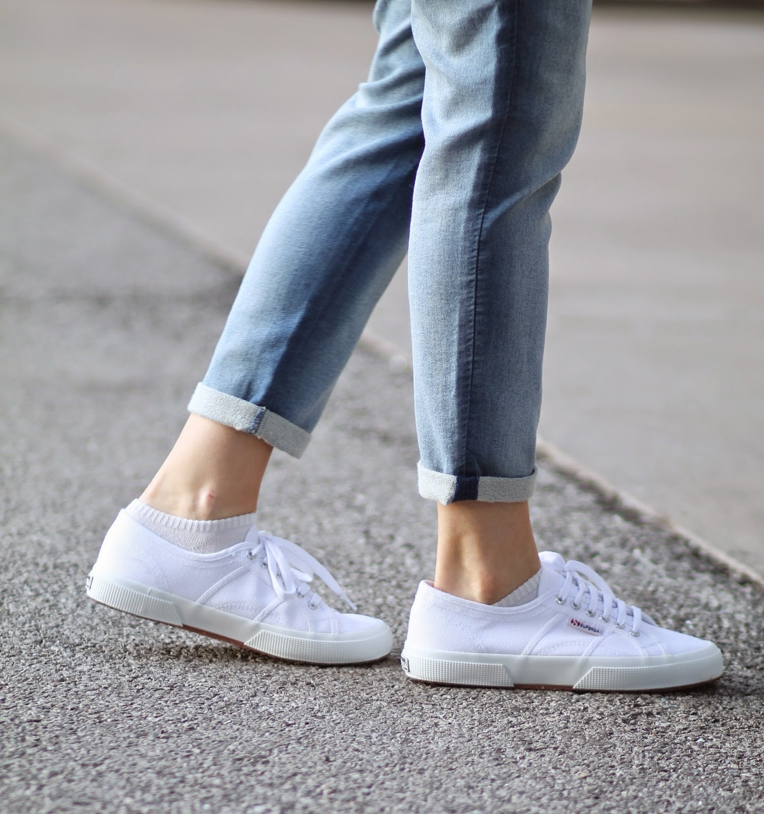 superga-white