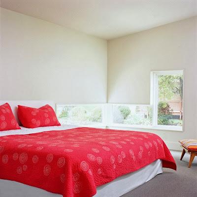 Ruang Tidur Minimalis Ceria