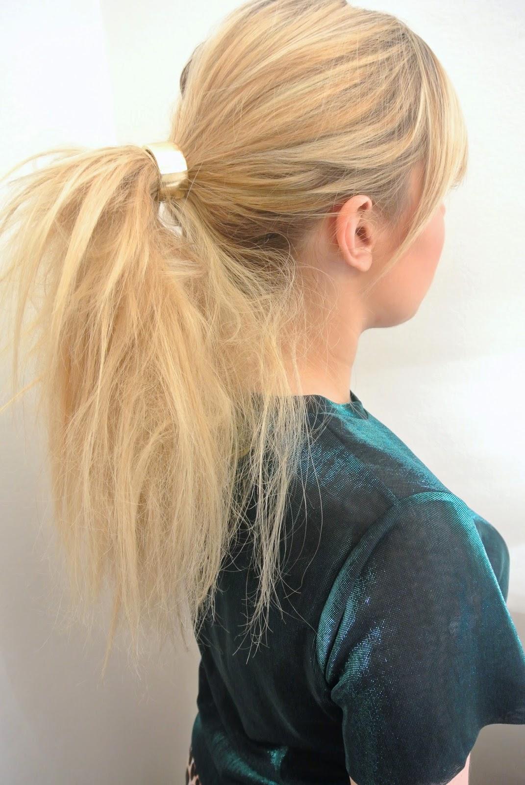 trois coiffures rapides et styl es pour l 39 automne minute femme. Black Bedroom Furniture Sets. Home Design Ideas