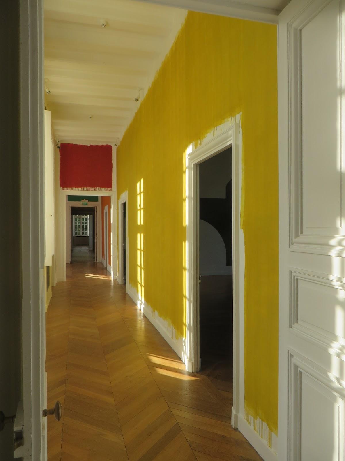 Entrevoir mur murs peinture dessin architecture for Dessin peinture mur