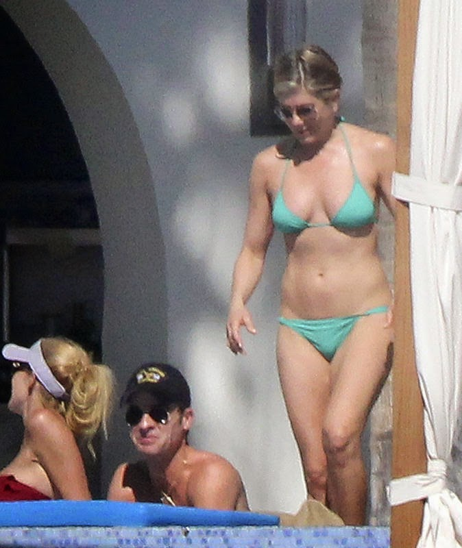 Nobody wears a bikini quite like Jennifer Aniston
