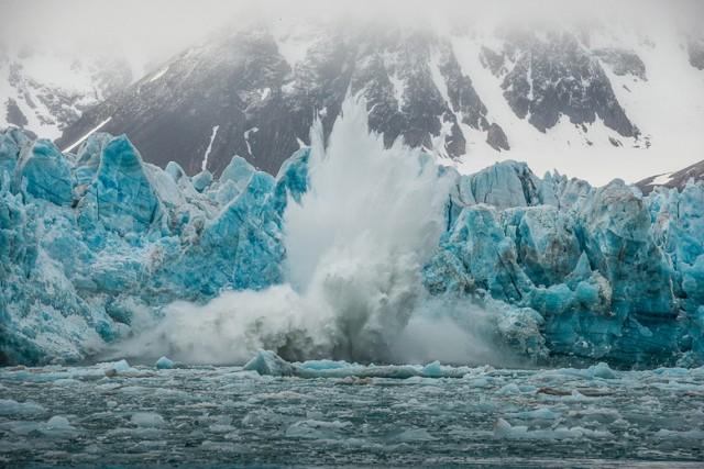 amazing mountain ice pics
