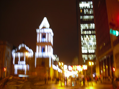 Christmas lights on Carrera Septima in Bogotá - a bit blurry like our memory