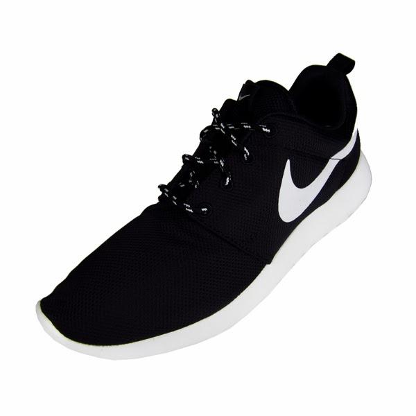 Nike Roshe Run Womens Black White Volt