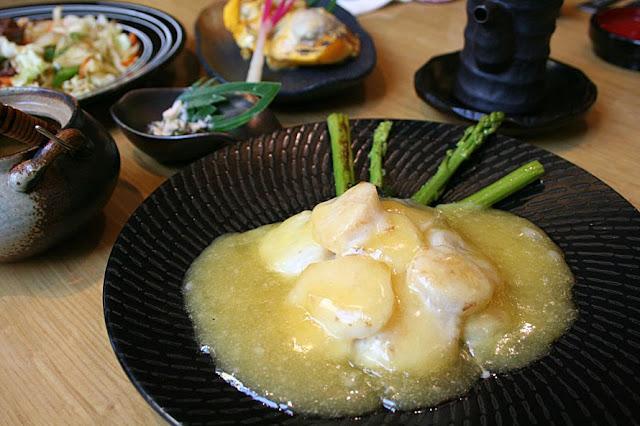 Minami Saki by Astoria scallop