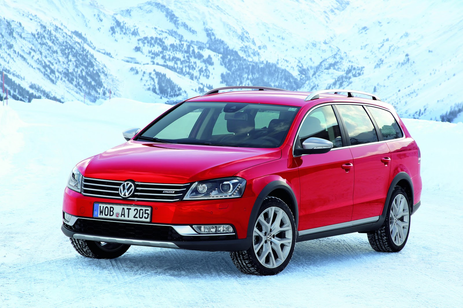 Vw Confirms New Passat Alltrack For Next Year Carscoops