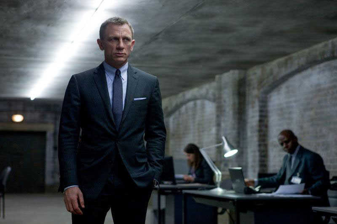'Skyfall' Tops PH Box-...