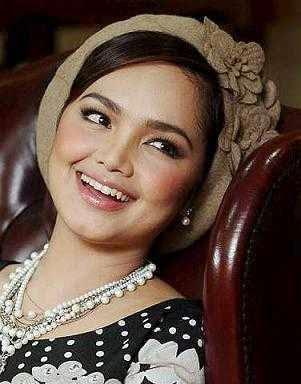 Foto Siti Nurhaliza