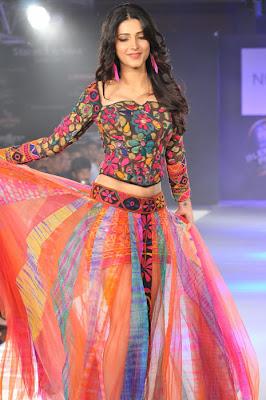 Sruthi Hassan Hot Images