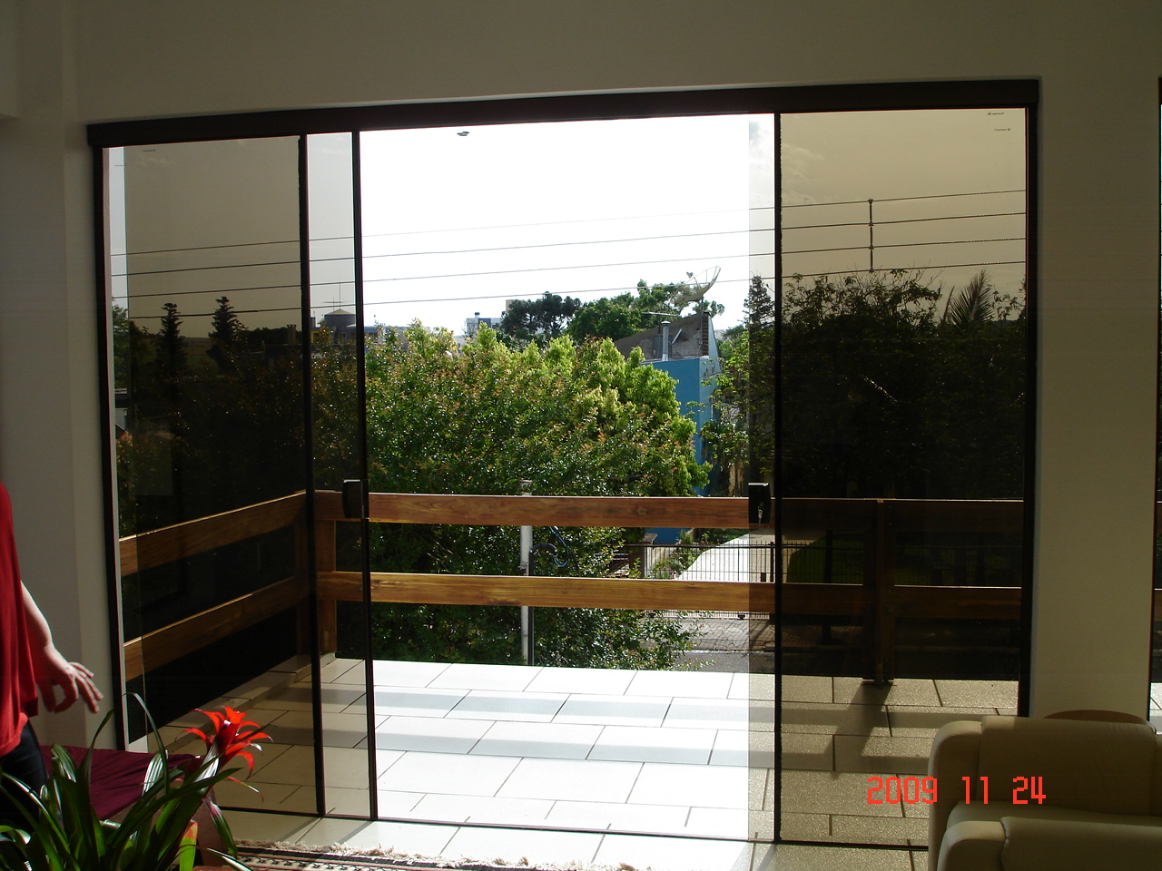 #AD2D1E VIDROMAX Ibirubá RS: Aberturas de vidro temperado bronze 10mm 38 Janelas De Vidro Cor Bronze