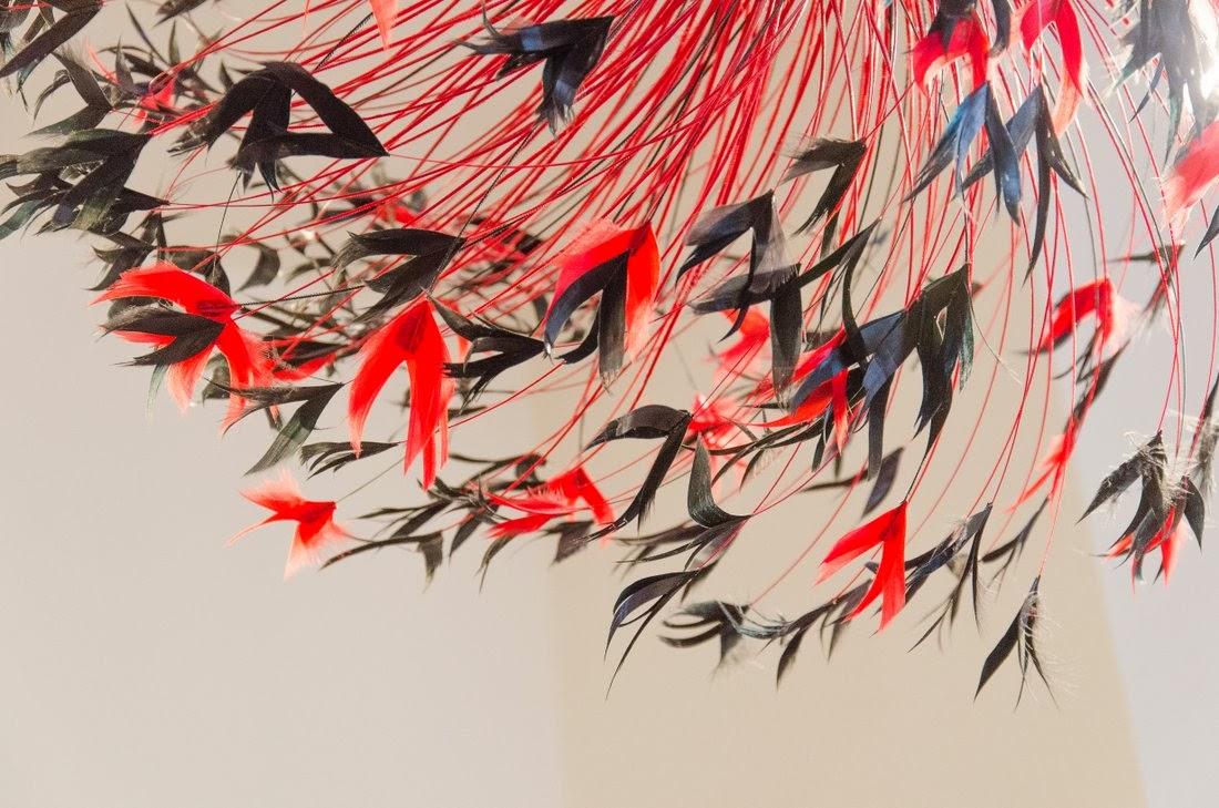 Moulin rouge - maison Fevrier - plumes