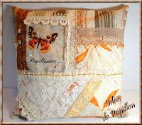 http://ideesdepapillon.blogspot.fr/2013/11/coussin-dentelle-vintage.html