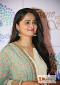 Anushka at MemuSaitham Dinner-thumbnail-9