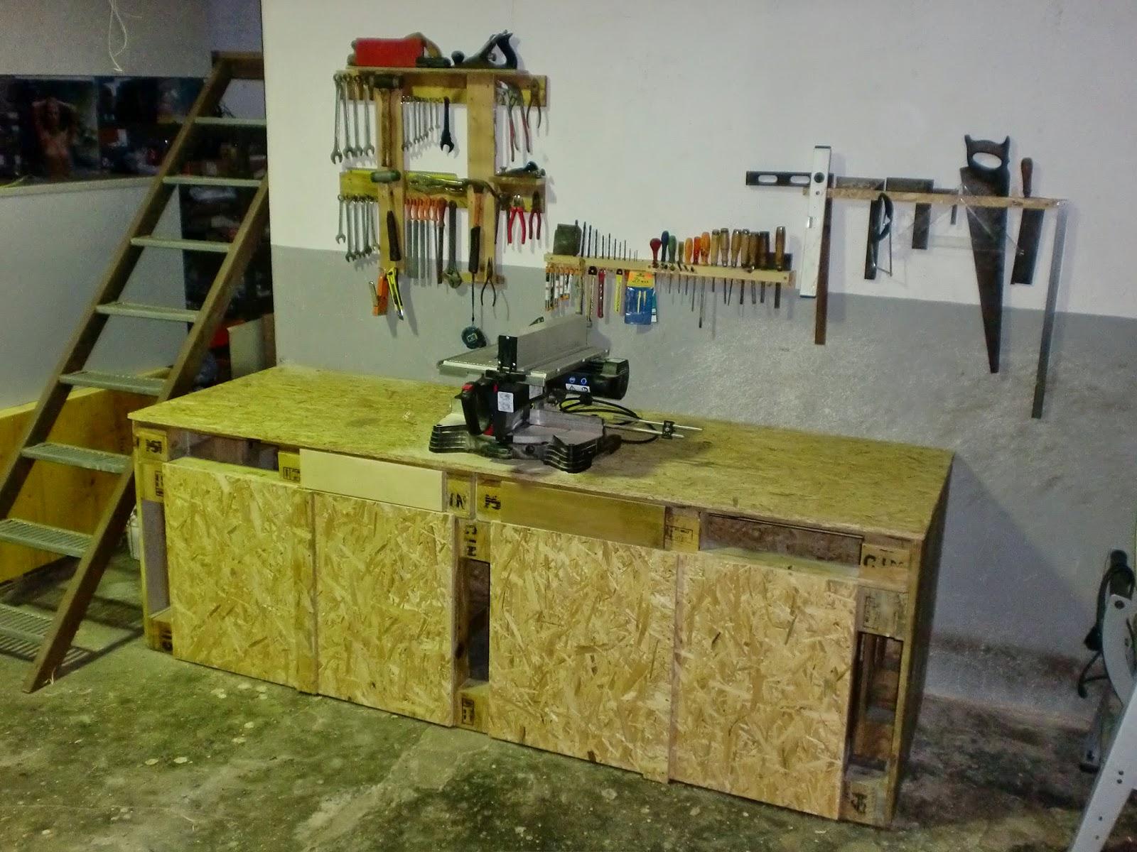 Oficina da Madeira: Bancadas de trabalho com paletes de madeira #604920 1600x1200