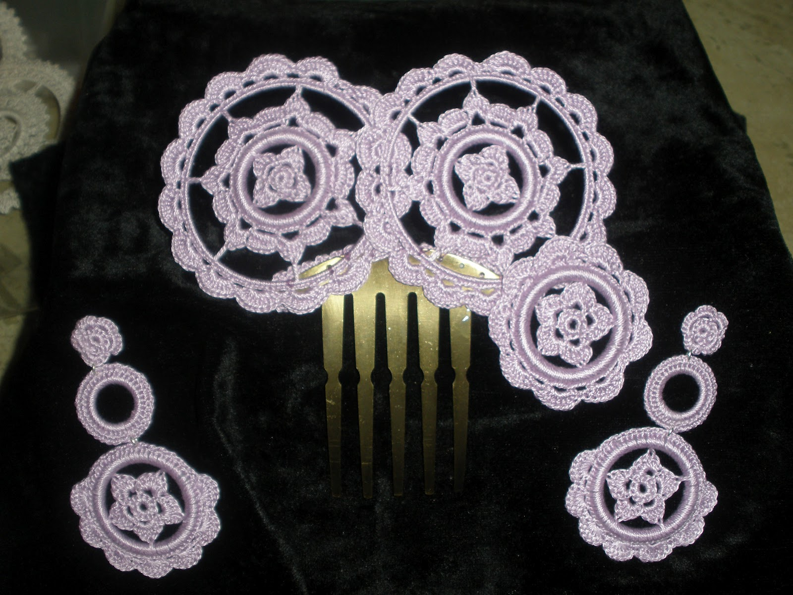 Tus lunares conjunto de flamenca de crochet peineta y - Fotos de pendientes ...