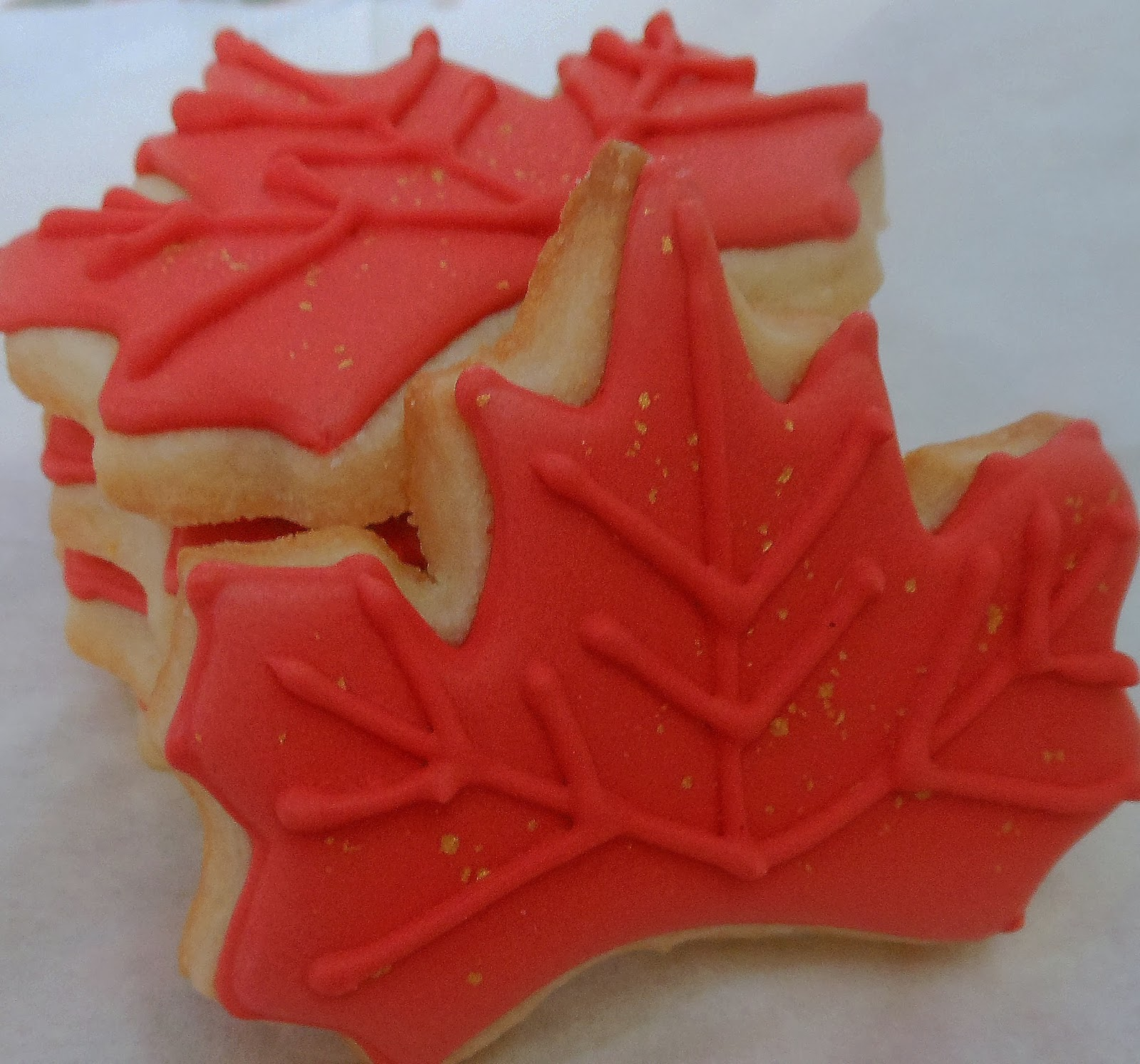 maple leaf cookies maple leaf shortbread cookies royal icing for
