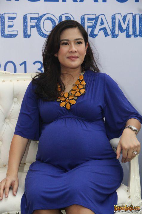 a*: Dian Sastro bersyukur kelahiran anak keduanya ...