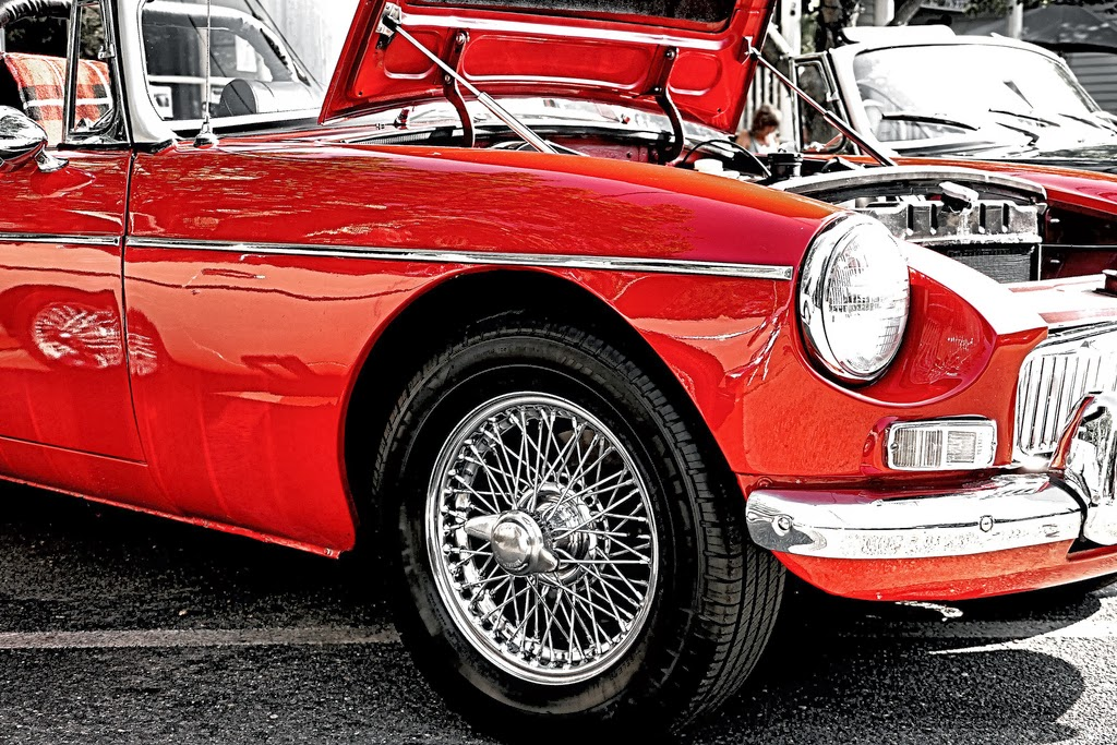 A Womans Guide to Classic Cars and Why Men Love Them ~ Motor Heads ...