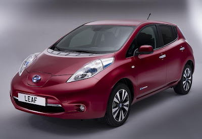 Nissan Leaf (2013 European Spec) Front Side