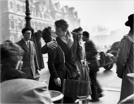robert doisneau kiss
