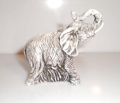 Nagy fehér elefánt