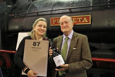 Mª José y su padre el profesor Yravedra. Blog Esteban Capdevila