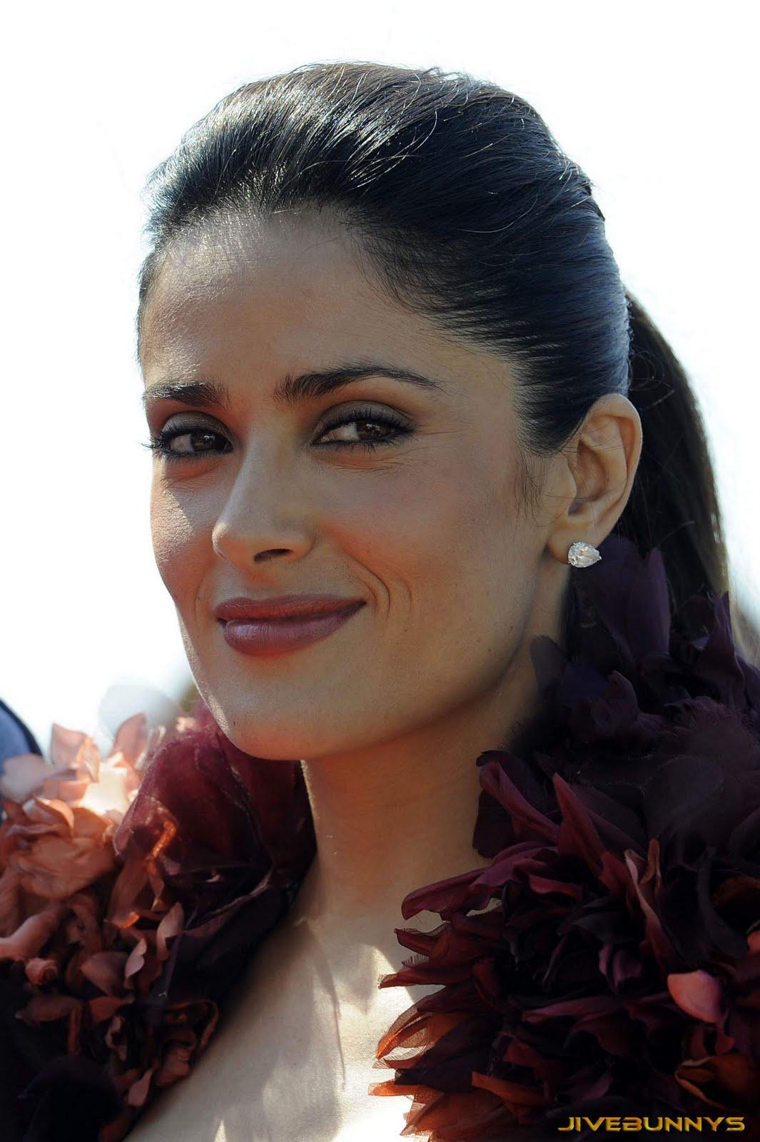 http://3.bp.blogspot.com/-HPsgT5z-mu4/TdS6Vmh2dKI/AAAAAAACEn0/DDj0DKgZduo/s1600/2-selma-hayak-celebrity-2001.jpg