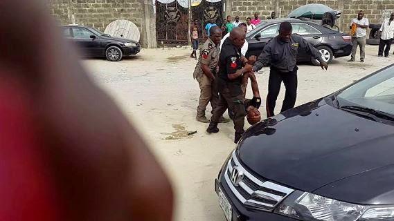 man beaten mopol lekki lagos