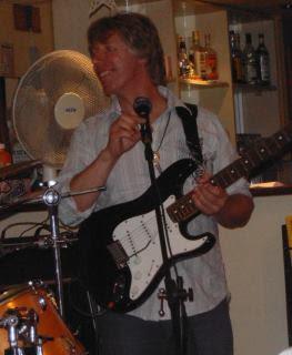 Tibor Szabó leadguitar