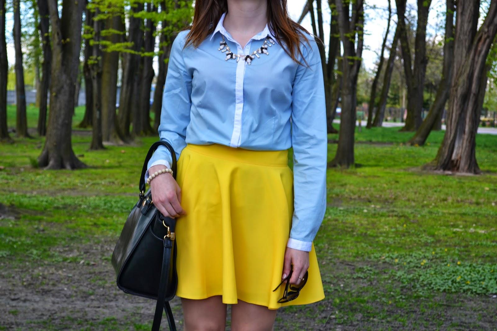 żółta spódnica, rozkloszowana spódnica