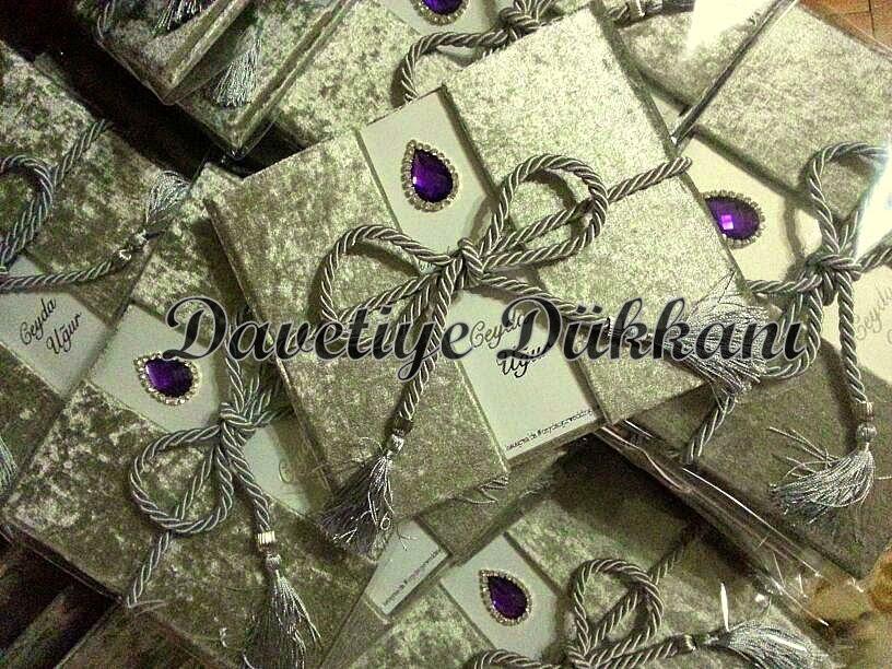 http://www.davetiye-dukkani.com/tr/product/stefania-davetiye-6206.htm