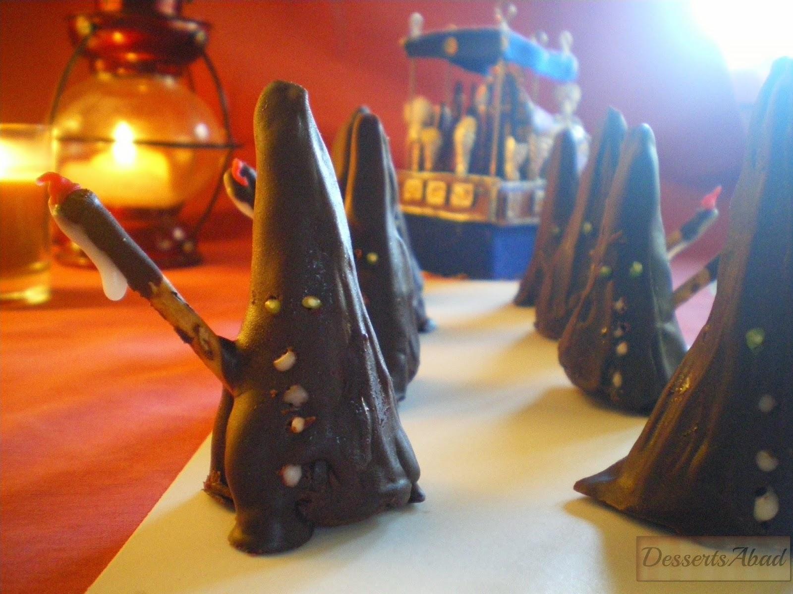 Nazarenos de mazapán y chocolate