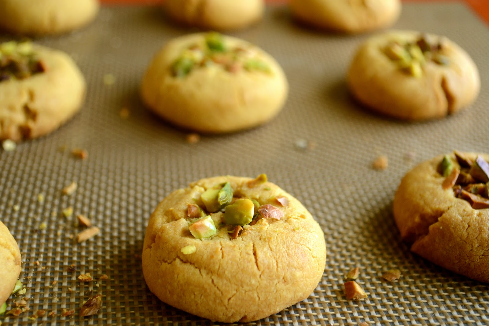 Lawyer Loves Lunch: Brown Butter Pistachio Cookies for Chai Time