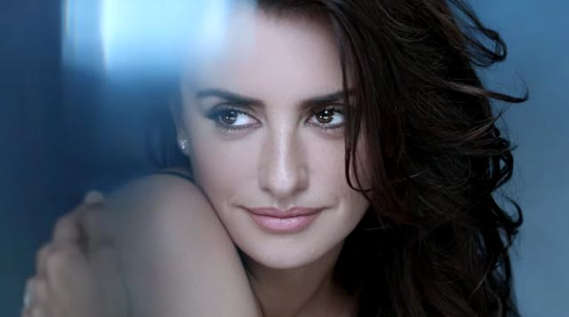 Penélope Cruz en el anuncio de Advanced Génifique