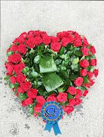 coroana inima trandafiri