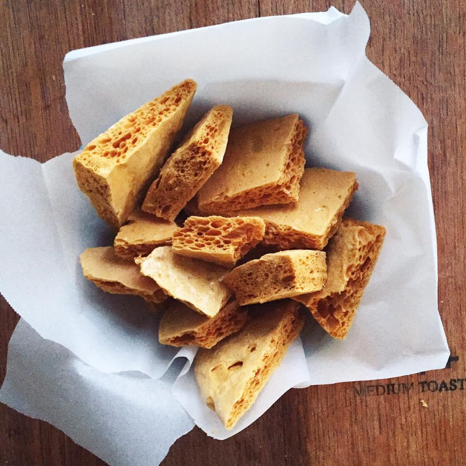 Honeycomb Toffee : Winnie-the-Pooh