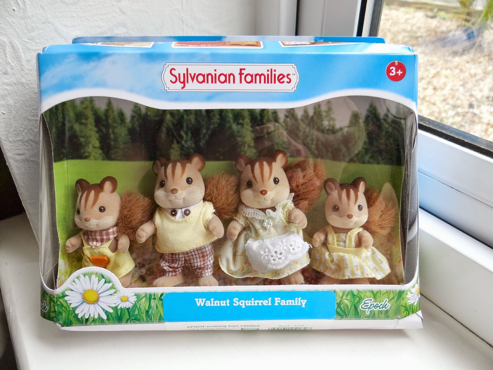 Sylvanian Families, Collectible dolls, Walnut Squirrel Family