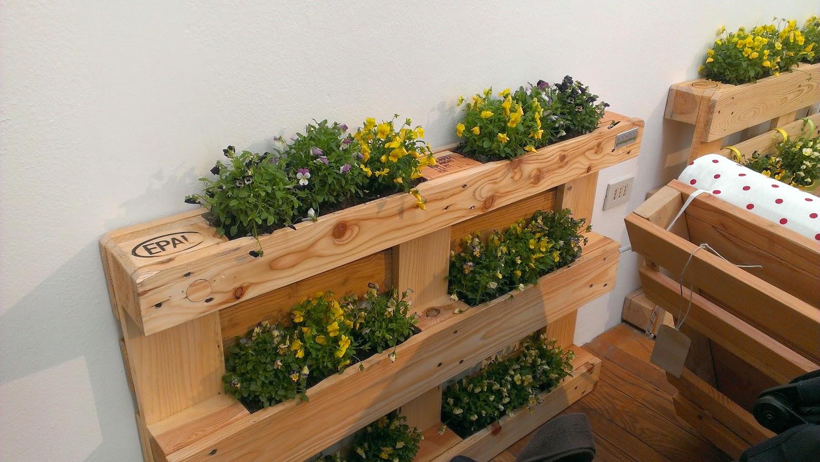 Amazing fioriere con bancali ux05 pineglen - Mobili con bancali di legno ...