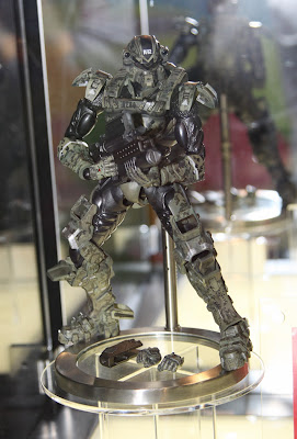 Square Enix Play Arts 2013 Toy Fair Display - Starship Troopers figure