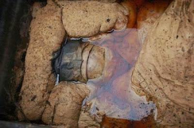 Heboh Penemuan Mumi 700 Tahun Pakai Batu Akik