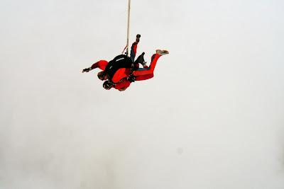 St. Peter-Ording: Fotos eines Tandem-Fallschirmabsprunges über dem ordinger Strand 28
