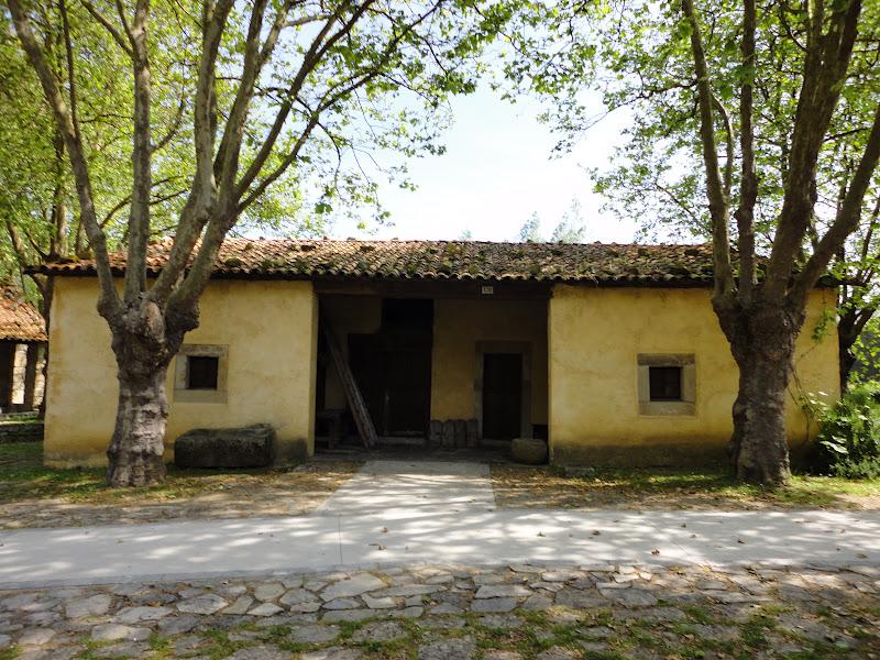 No soy digno de tu amor museo del pueblo de asturias - Casa tradicional asturiana ...