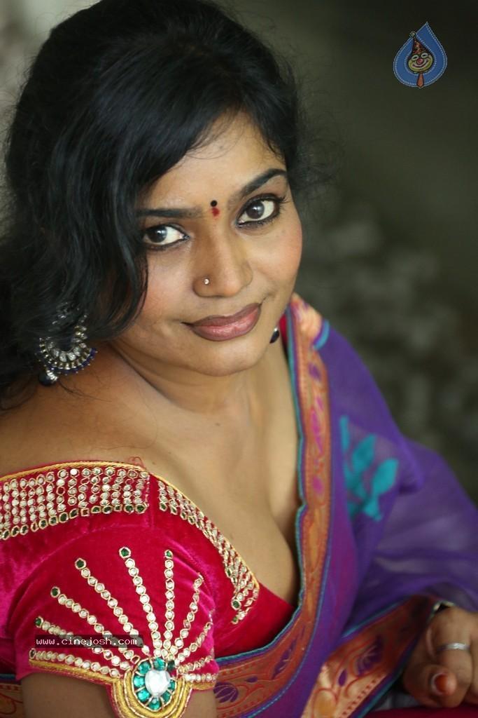 indian sex in saree Search  XNXXCOM