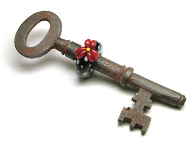 Lampwork Key Bead